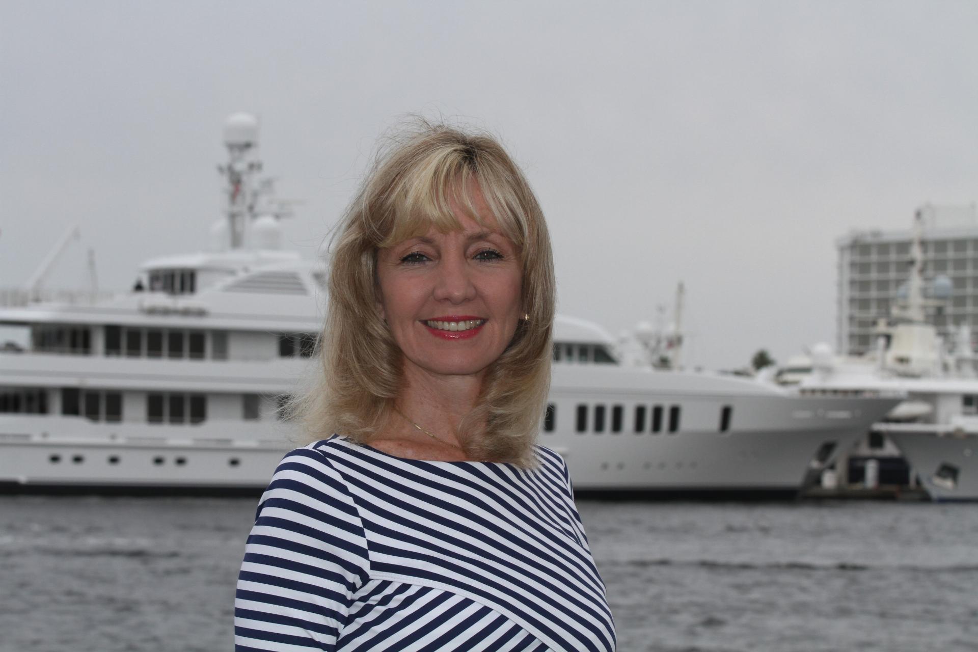 Member News: Julie Berry, CBRE Marina Group